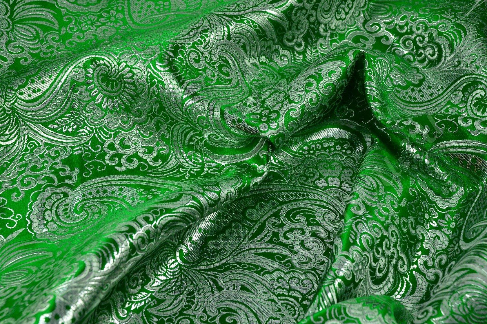Ткань парча зеленая с узором