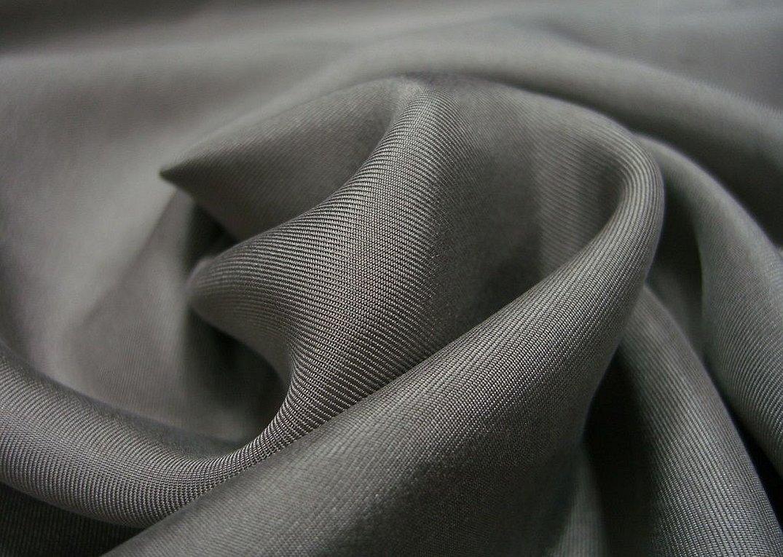Ткань шелковая костюмная