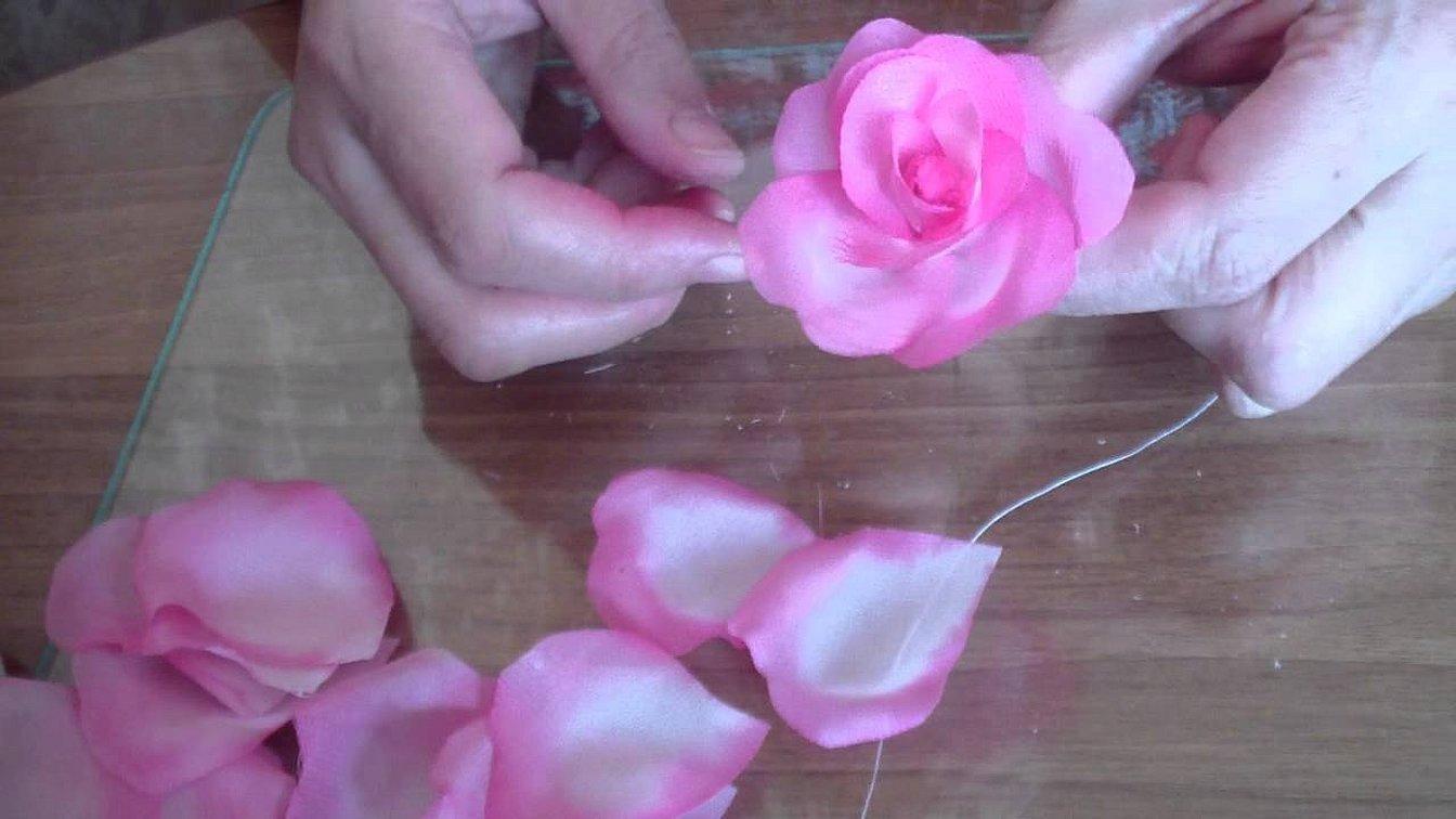 Розы из ленты атласной своими руками пошагово