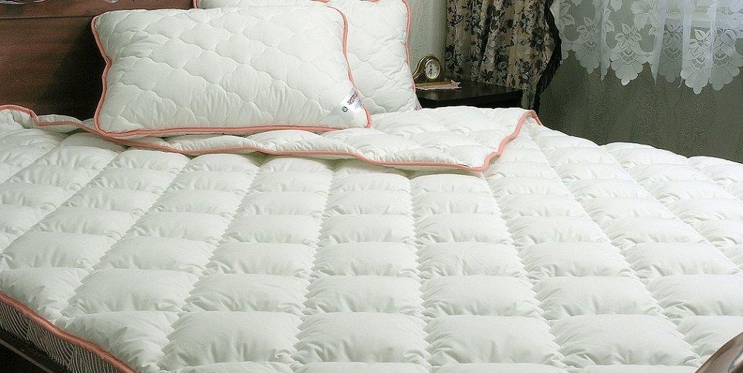 Одеяло стеганое из сатин страйпа