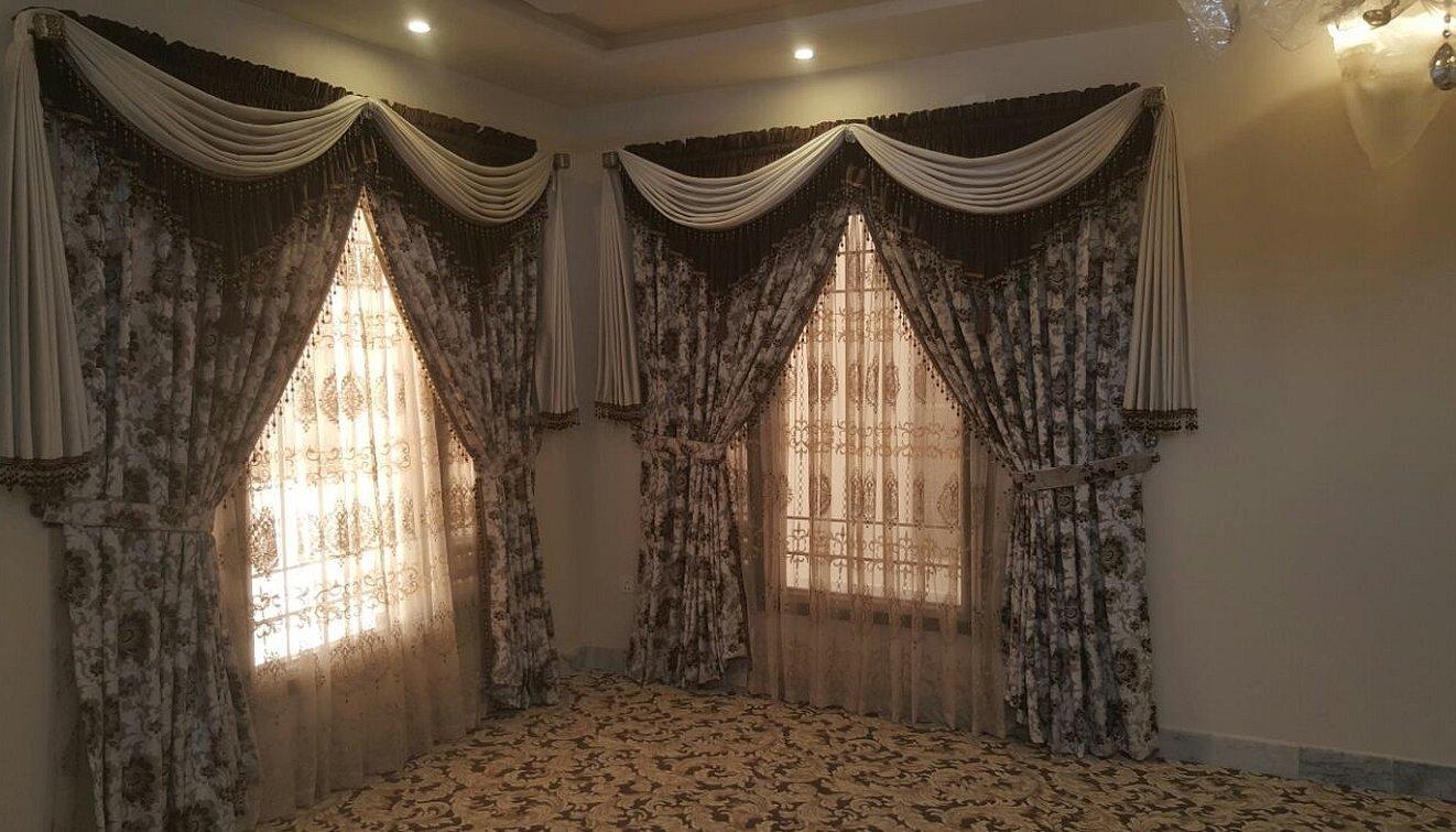 Шикарные шторы для зала