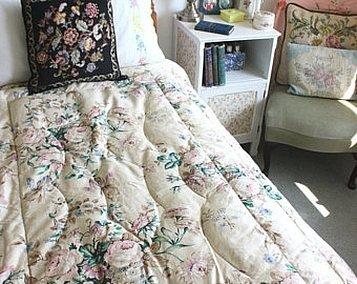 Лоскутное одеяло в стиле шебби шик