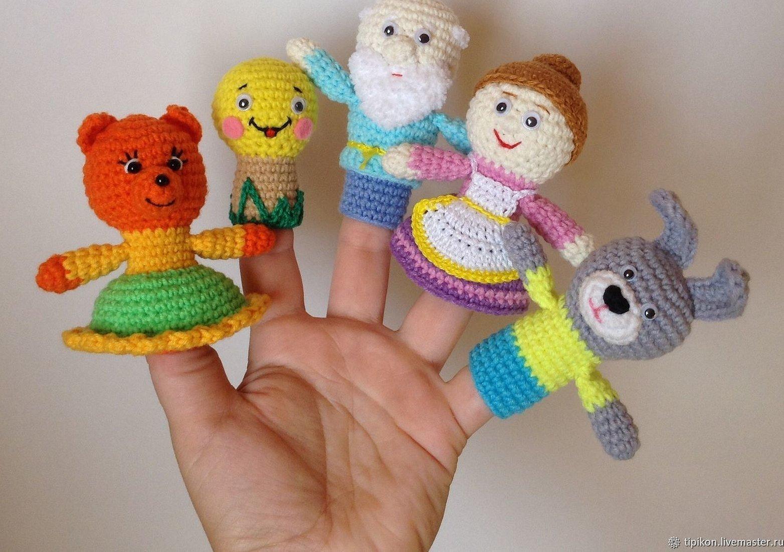 Вязаные игрушки для пальчикового театра