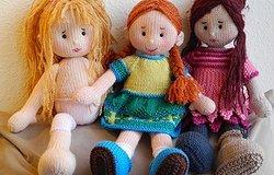 Платье для куклы спицами: схема и описание для начинающих рукодельниц